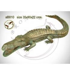Bronze animalier : crocodile en bronze ab810-100 ( H .22 x L .90 Cm )