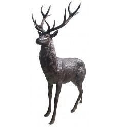 Cerf BRZ1089 ( H .218 x L .137 Cm ) Poids : 125 Kg