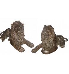 lion en bronze BRZ0178M ( H .35 x L .68 Cm ) Poids : 40 Kg