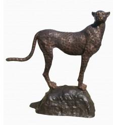 Guépard en bronze BRZ1422 ( H .160 x L :150Cm ) Poids : 131 Kg