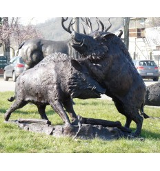 Sanglier en bronze BRZ1332 ( H .133 x L .190 Cm ) Poids : 245 Kg
