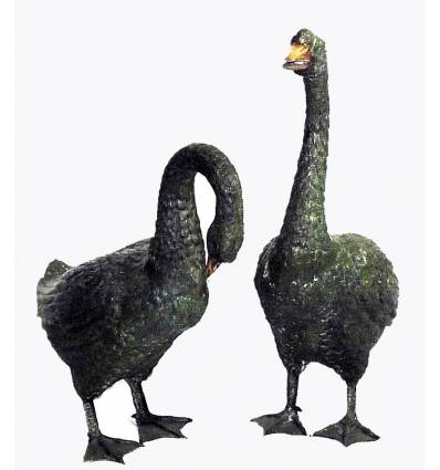 Bronze animalier : canard en bronze BRZ0082V ( H .68 x L .40 Cm ) Poids : 20 Kg