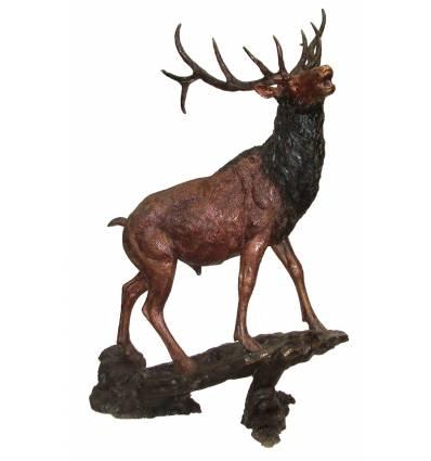 Bronze animalier : cerf en bronze BRZ1164  ( H .99 x L .73 Cm )  Poids : 25 Kg