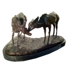 Bronze animalier : cerf en bronze BRZ1202/SM378 ( H .23 x L .43 Cm ) Poids : 11 Kg