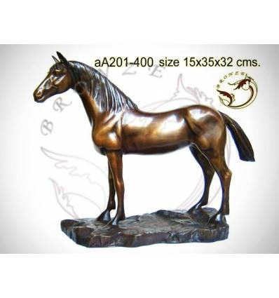 Bronze animalier : cheval en bronze aa201-400 ( H .32 x L .35 Cm )