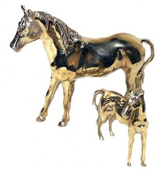 Bronze animalier : cheval en bronze BRZ0065O  ( H .17 x L .22 Cm )  Poids : 1 Kg