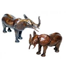 Bronze animalier : éléphant en bronze BRZ0480 ( H .7 x L .12 Cm ) Poids : 2 Kg