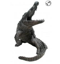 Bronze animalier :Crocodile en bronze BRZ1080  ( H .104 x L :71 Cm )  Poids : 50 Kg