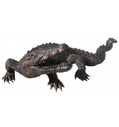 Bronze animalier :Crocodile en bronze BRZ44  ( H .60 x L :182 Cm )  Poids : 60 Kg