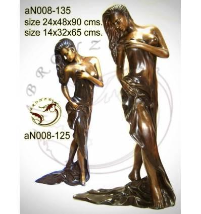 Femme AN008-135  ( H .90 x L .48 Cm )