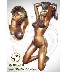 Femme AN104-200  ( H .130 x L .65 Cm )