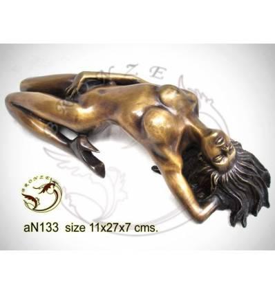 Femme AN133 ( H .7 x L .27 Cm )
