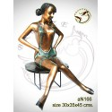 Femme AN166  ( H .45 x L .35 Cm )