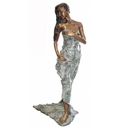 Femme BRZ0523V-23 ( H .58 x L . Cm ) Poids : 6 Kg