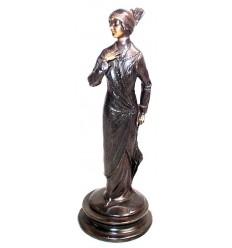 Femme BRZ0849 ( H .25 x L . Cm ) Poids : 1 Kg