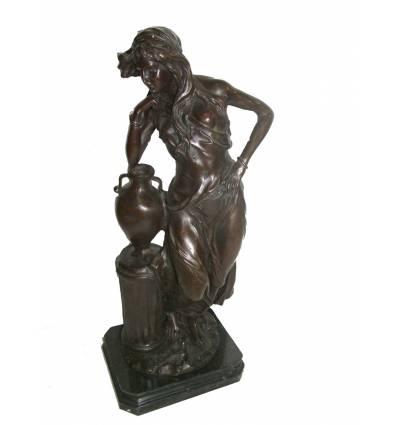 Femme BRZ1051/SM170 ( H .51 x L .23 Cm )