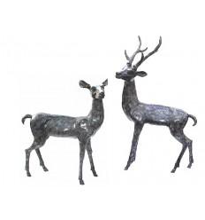 Cerf en bronze BRZ0107V ( H .137 x L .76 Cm ) Poids : 58 Kg
