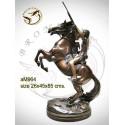 Sculpture de cavalier cowboy en bronze AM964  ( H .85 x L :45 Cm )  Poids :  Kg