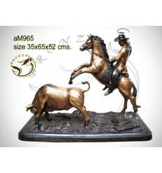 Sculpture de cavalier cowboy en bronze AM965 ( H .52 x L :65 Cm ) Poids : Kg