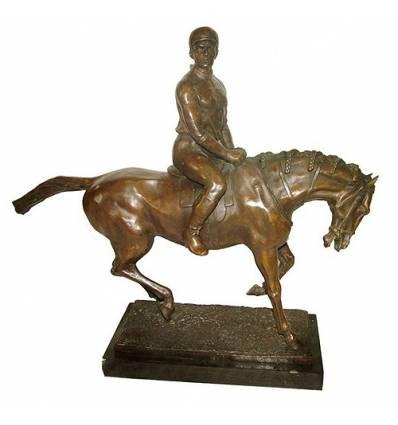 Sculpture de cavalier en bronze BRZ1078/SM003 ( H .51 x L :58 Cm ) Poids : 17 Kg