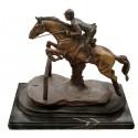 Sculpture de cavalier en bronze BRZ1083SM  ( H .38 x L :41 Cm )  Poids : 11 Kg