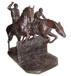 Sculpture de cavalier en bronze BRZ1398  ( H .74 x L :96 Cm )  Poids : 63 Kg