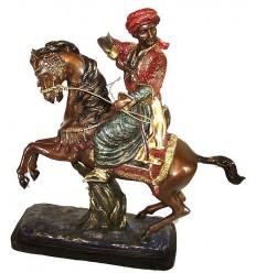 Sculpture de cavaliers arabe en bronze BRZ0146 ( H .58 x L :55 Cm ) Poids : 15 Kg