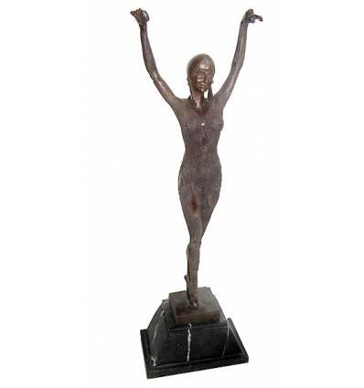 Sculpture de danseuse en bronze BRZ1042/SM129  ( H .63 x L : Cm )  Poids : 0 Kg