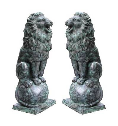Lion en bronze BRZ786v ( H .145 x L :71 Cm ) Poids : 190 Kg