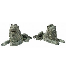 lion en bronze BRZ0178V  ( H .35 x L .68 Cm )  Poids : 40 Kg