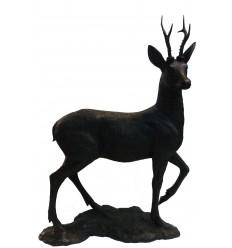 Cerf en bronze BRZ1711 ( H .107 x L 90 Cm ) 26 kg