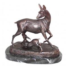 cerf en bronze BRZ0878-SM ( H .20 x L .20 Cm ) Poids : 3 Kg