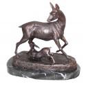 cerf en bronze BRZ0878  ( H .15 x L .20 Cm )  Poids : 2.5 Kg