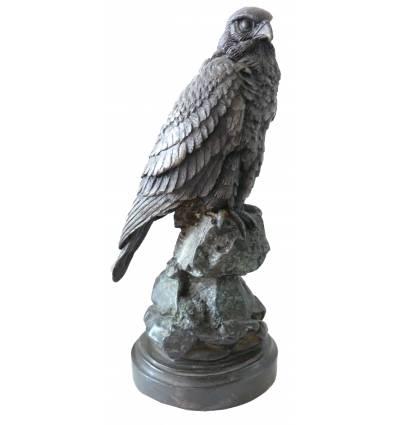 Bronze animalier : aigle en bronze BRZ0977v ( H .28 x L . Cm ) Poids : 2 Kg