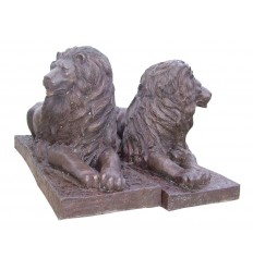 Lion en bronze BRZ357  ( H .90 x L :160 Cm )  Poids : 210 Kg