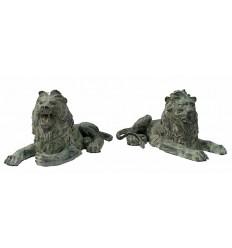 Couple de lions en bronze BRZ0178V  ( H .35 x L :68 Cm )  Poids : 40 Kg